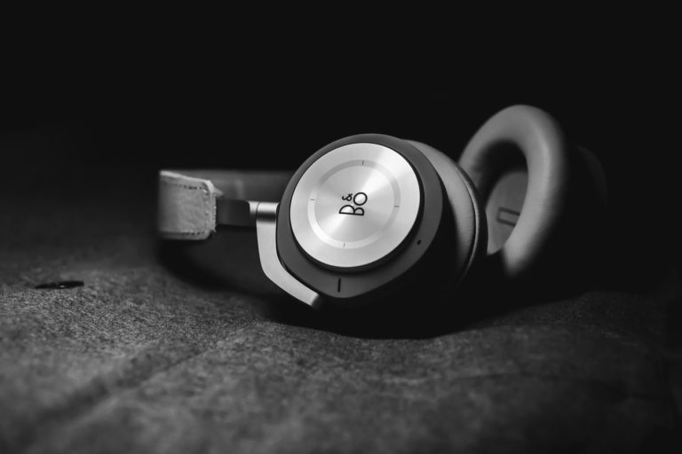 B&O headphones