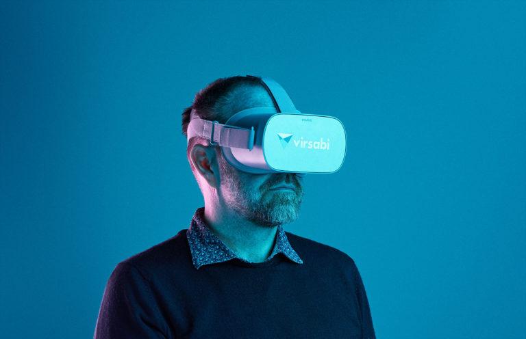 Jens Lauritsen wearing VR goggles, Virsabi